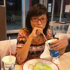 Photo taken at KFC by Ucrit S. on 1/25/2014