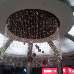 Photo taken at Centro Comercial do Campo Pequeno by Jéssica A. on 11/28/2012
