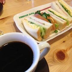 Photo taken at コメダ珈琲店 金剛東店 by toko b. on 3/12/2013