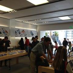 Photo taken at Apple Store, Corte Madera by Tim P. on 5/5/2013