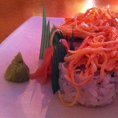 Photo taken at Ikebana Sushi Bar - Escorial by Regina O. on 8/5/2013