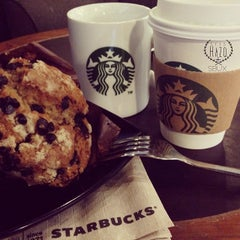 Photo taken at Starbucks by Syed H. on 10/5/2013