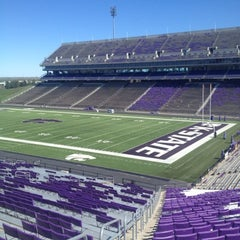 Photo taken at Bill Snyder Family Stadium by Gregg L. on 9/22/2012