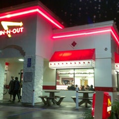 Photo taken at In-N-Out Burger by Jaemark A. on 12/1/2012