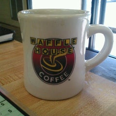 Photo taken at Waffle House by Sarahbell G. on 12/29/2012