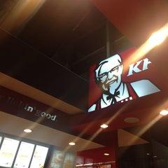 Photo taken at KFC by FaDzLi on 5/4/2014