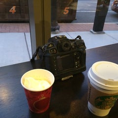 Photo taken at Starbucks by Fred G. on 1/15/2014
