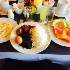 Photo taken at Le Méridien Ibom Hotel & Golf Resort by Altims M. on 9/6/2015