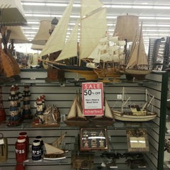 Photo taken at Hobby Lobby by Laura F. on 4/9/2013