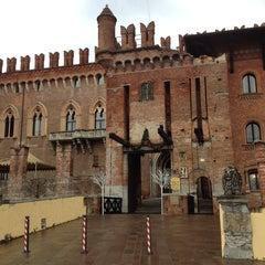 Foto scattata a Castello di Carimate Hotel da Sonia il 12/28/2013
