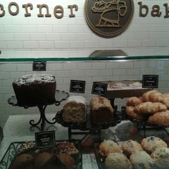Photo taken at Corner Bakery Cafe by Wendy on 4/6/2013