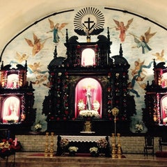 Photo taken at Santuario de San Pedro Bautista Parish by Dette A. on 12/23/2014