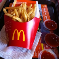 Photo taken at McDonald's by Azril A. on 12/4/2012