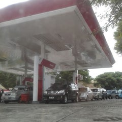 Photo taken at SPBU Pertamina 74.955.05 by Angel N. on 12/15/2012