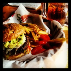 Photo taken at Chili's Grill & Bar by Sam G. on 2/4/2013