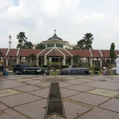 Photo taken at Masjid Agung At-Tin by Septian R. on 2/1/2013