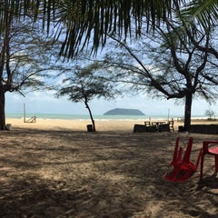 Photo taken at Demong Beach Resort by Fitri H. on 3/28/2015