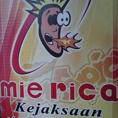 Photo taken at Mie Rica Kejaksaan by Jane on 1/2/2013