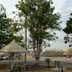 Photo taken at สนามกีฬาจังหวัดพระนครศรีอยุธยา by Wiroj T. on 4/4/2013