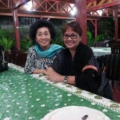 Photo taken at Mapanget Indah Resto by Lusye R. on 3/22/2013