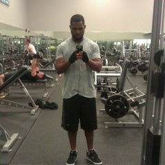 Photo taken at LA Fitness by J M. on 12/7/2012