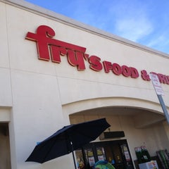 Photo taken at Fry's Food and Drug by Mossman $. on 3/15/2013