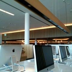 Photo taken at Qantas Business Lounge by Damien F. on 1/2/2012
