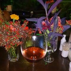 Photo taken at Küba Restaurant & Lounge Bar by Gülbahar A. on 7/19/2013
