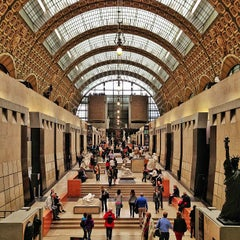 Photo taken at Musée d'Orsay by Carlos Alberto M. on 5/12/2013
