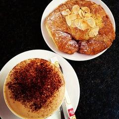 Photo taken at Café Café by Eka T. on 5/5/2013