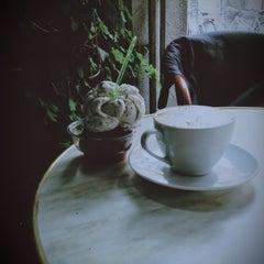 Photo taken at Noir Kaffekultur by Max A. on 6/2/2013