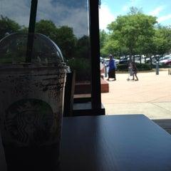Photo taken at Starbucks by Abdulelah I. on 5/16/2014