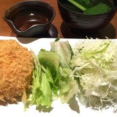 Photo taken at OOTOYA (โอโตยะ) 大戸屋 by maam64 on 8/15/2015