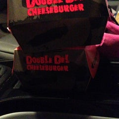 Photo taken at Del Taco by Mer R. on 11/19/2013