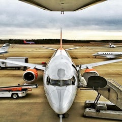 Photo taken at RDU General Aviation Terminal by Jed R. on 1/31/2016