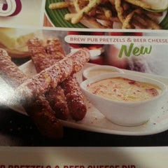 Photo taken at Applebee's by Amanda W. on 11/13/2012