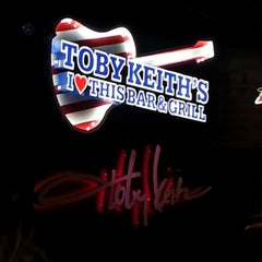 Photo taken at Toby Keith's I Love This Bar & Grill by Tammy D. on 12/16/2012