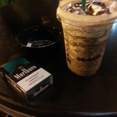 Photo taken at Starbucks Coffee by Gilbert G. on 4/27/2013
