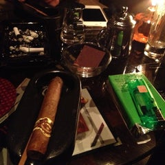 Photo taken at le connaissur CIGAR BAR by Masaru.O m. on 10/25/2012
