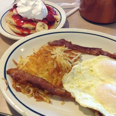 Photo taken at IHOP by Valentina M. on 1/6/2013