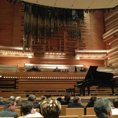 Photo taken at La Maison Symphonique de Montréal by Stephanie L. on 2/24/2013