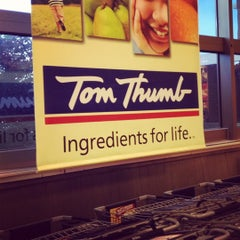 Photo taken at Tom Thumb by Gordon B. on 10/14/2012