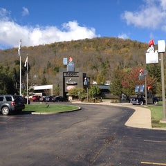 Photo taken at Zippo & Case Museum/Visitor Center by Trucker D. on 10/8/2013