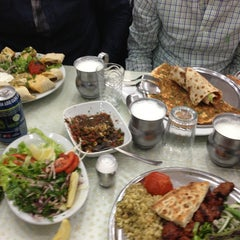 Photo taken at Öz Kilis Kebap ve Lahmacun Salonu by Mehmet on 3/31/2013