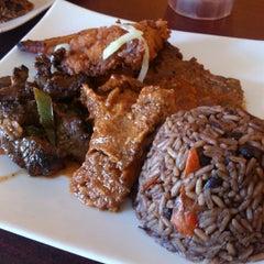 Photo taken at Moros Cuban Restaurant by Nino C. on 3/10/2013