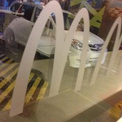 Photo taken at McDonald's by arthur c. on 9/6/2013