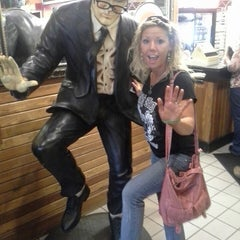 Photo taken at Fuddruckers by Jeff M. on 4/21/2013