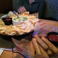 Photo taken at Applebee's by Arthur S. on 12/18/2014