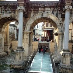 Photo taken at Üçkapılar (Hadrian Kapısı) by Selçuk on 1/13/2013