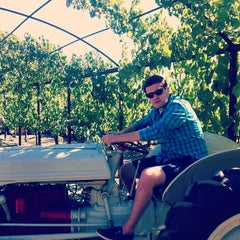 Photo taken at Crooked Vine/Stony Ridge Winery by Andrew C. on 6/23/2014